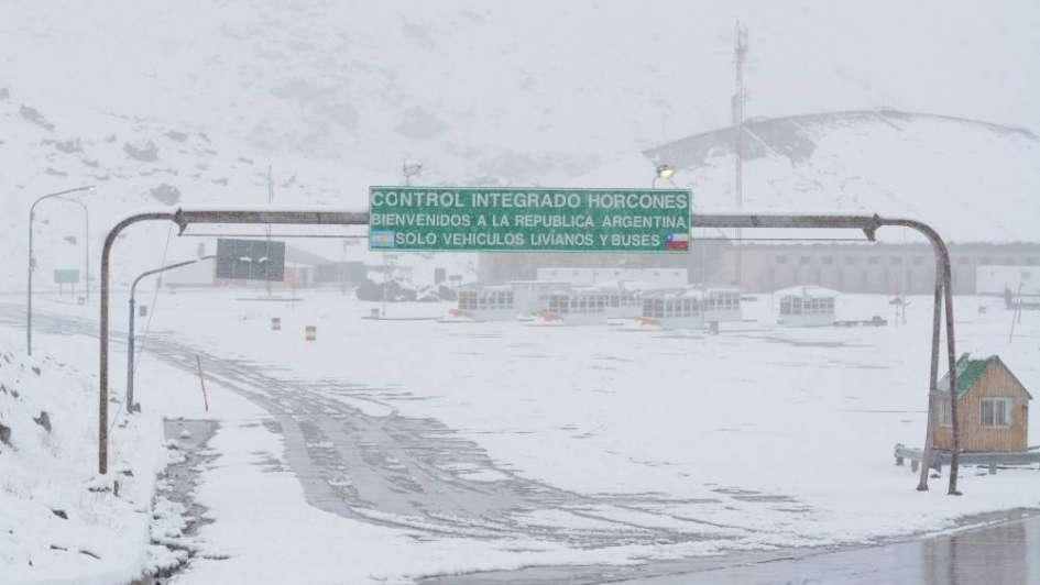 Aunque se esperan fuertes nevadas en la cordillera el paso a Chile está abierto