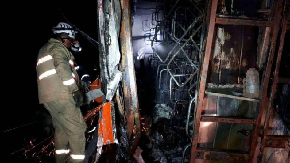 Ecuador: 14 muertos al incendiarse un ómnibus