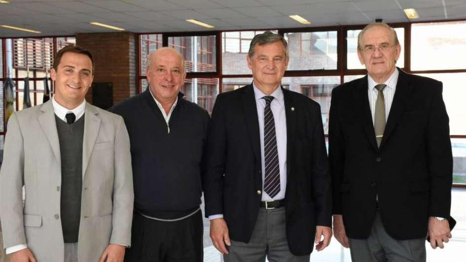 Tabaré Vázquez recibió su doctorado Honoris Causa de la UNCuyo