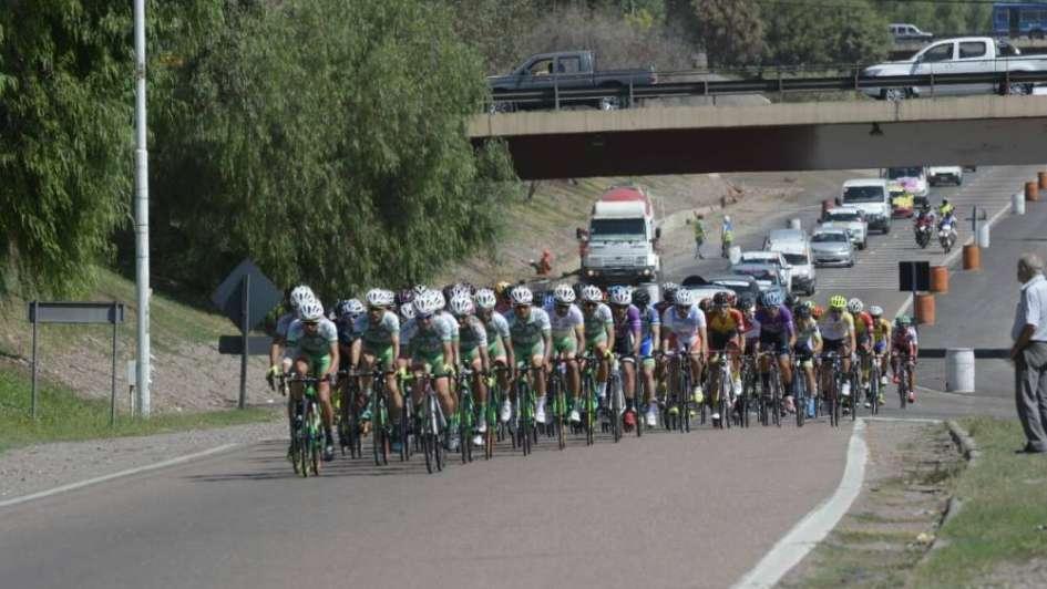 Vuelta de Mendoza: Juan Pablo Dotti ganó la sexta etapa y se afirma como líder