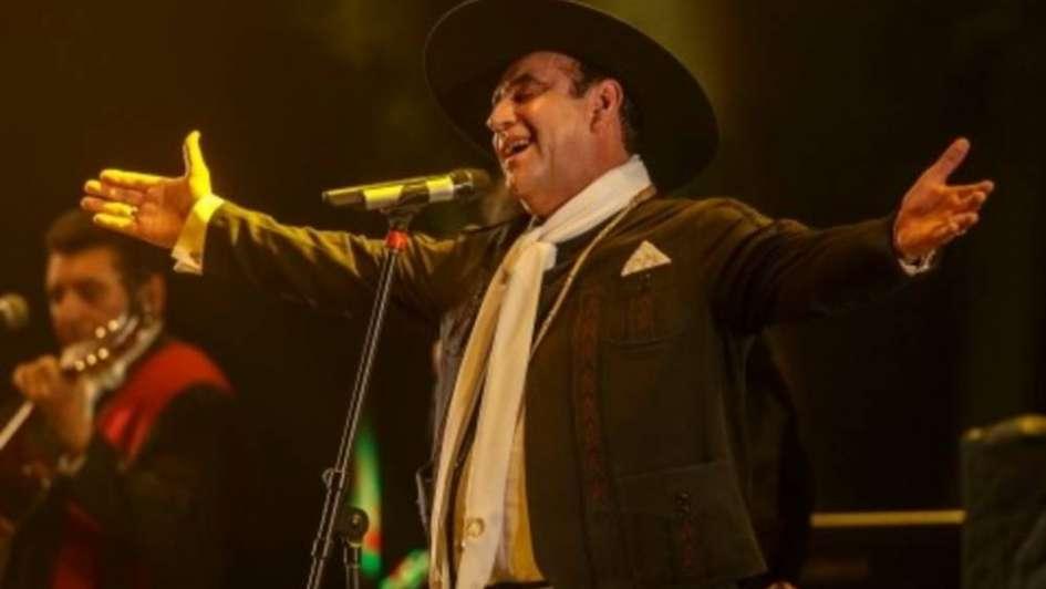 El Chaqueño Palavecino, criticado por sus comentarios en la Fiesta Nacional del Chamamé