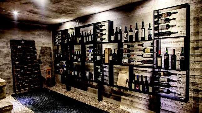 Cavas espacios de culto al vino - Cavas de vinos para casa ...