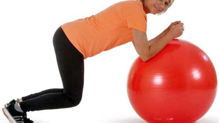 Gimnasia con pelota inflable ¿sólo una cuestión para embarazadas?