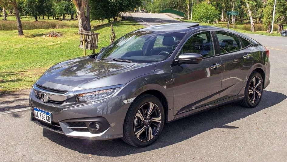 Test Honda Civic EX-T: revolución y distinción
