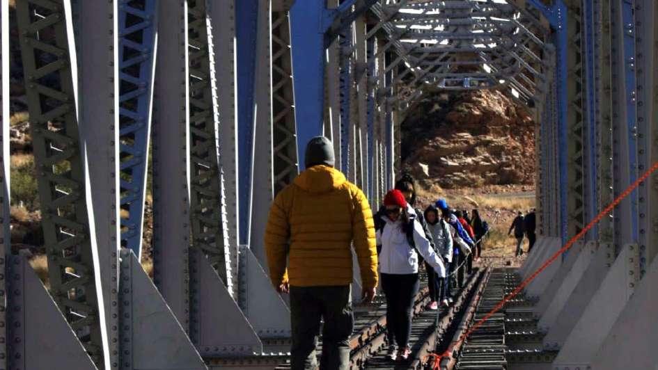 Un viaje a pie por los caminos del tren Trasandino