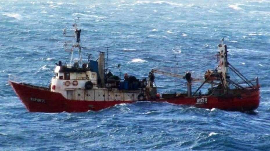 Ya son tres los muertos por el naufragio del pesquero