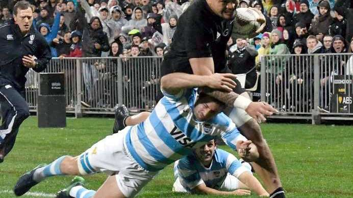 Nueva derrota para Los Pumas