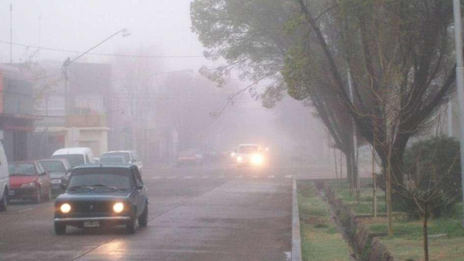 Presencia de neblina en varias zonas del Gran Mendoza complicó el tránsito