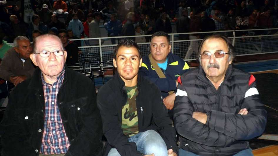 Juan Carlos Reveco defiende  en la FAB