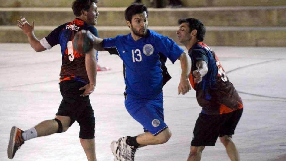 Handball: el Tomba, con tres puntos de oro