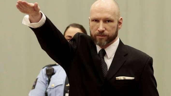 El múltiple asesino de Noruega saludó como nazi