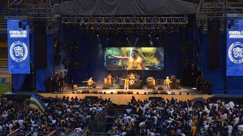 Una multitud celebró los 125 años de Rosario Central