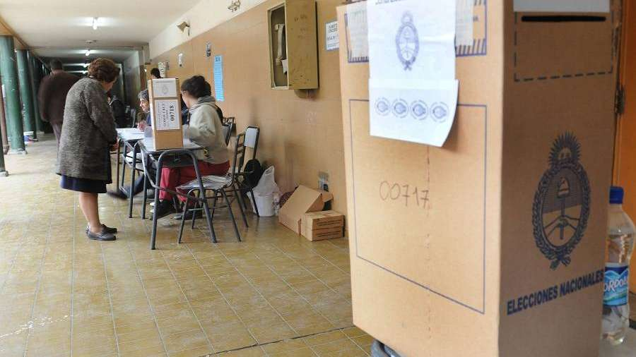 Corrientes elige al sucesor del radical Colombi
