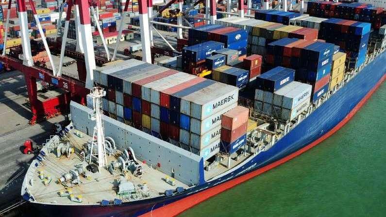 Déficit comercial de Colombia baja 11% en enero por repunte de exportaciones