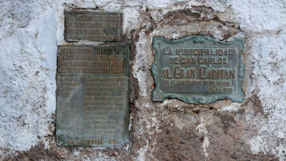 Lluvias derrumbaron parte del Fuerte de San Carlos