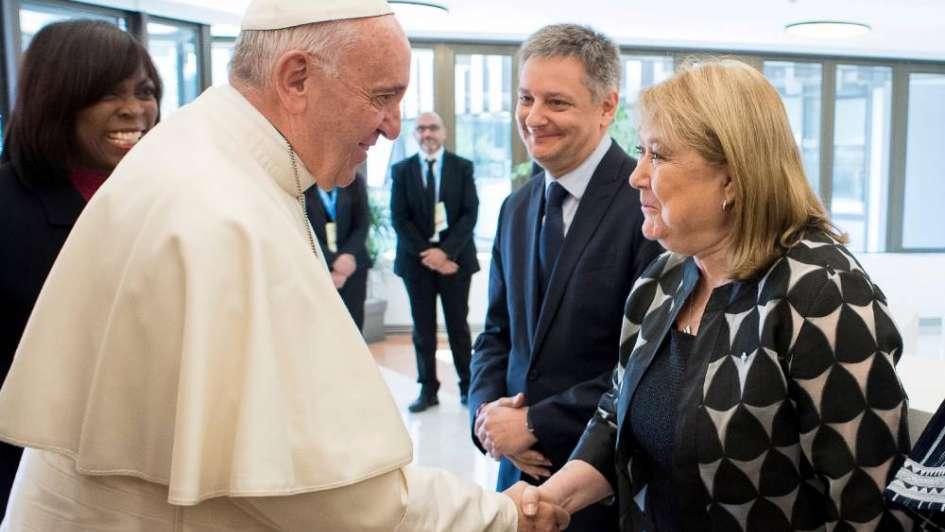 Francisco le dijo a Malcorra que no recibirá a ningún político hasta después de las elecciones