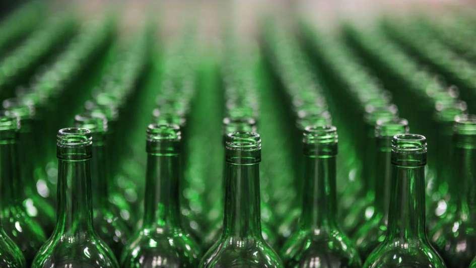 Los fabricantes de envases de vidrio esperan una reactivación en abril