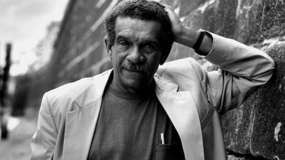 Murió Derek Walcott: el poeta que describió la sensualidad del Caribe