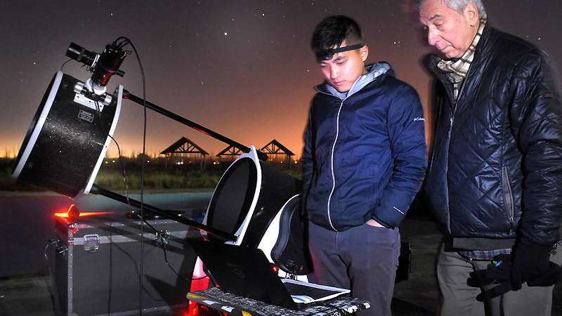 Una noche junto a la NASA    en un puesto de observación