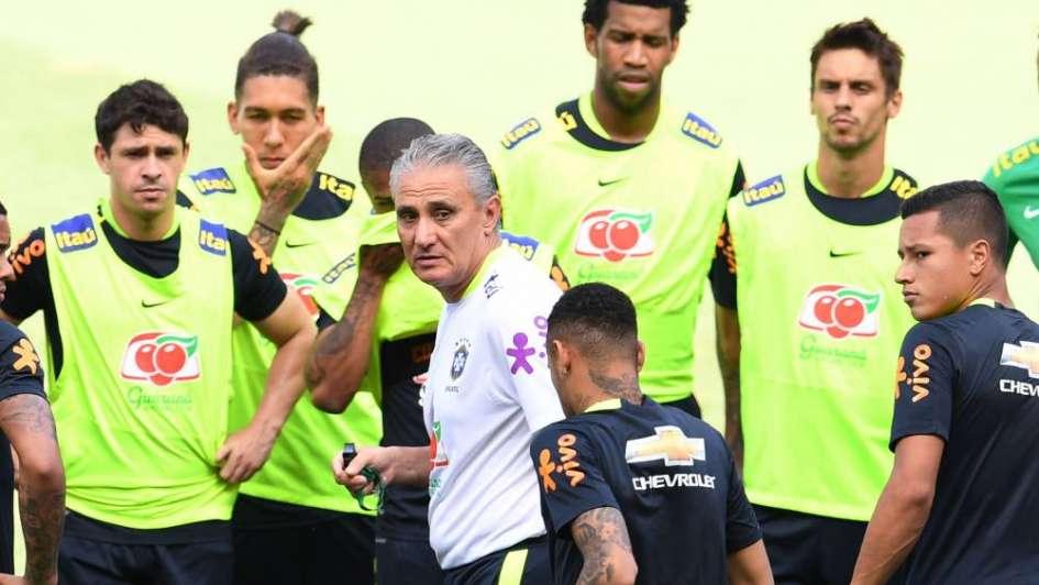 Brasil, sin Neymar ni Dani Alves para enfrentar a Argentina en Australia