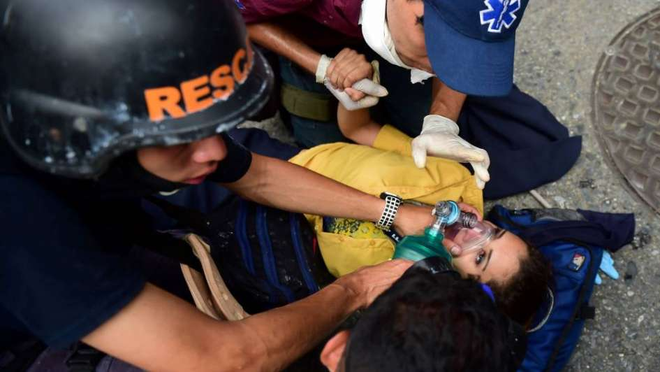 Otro muerto en una noche de furia y saqueos en Venezuela