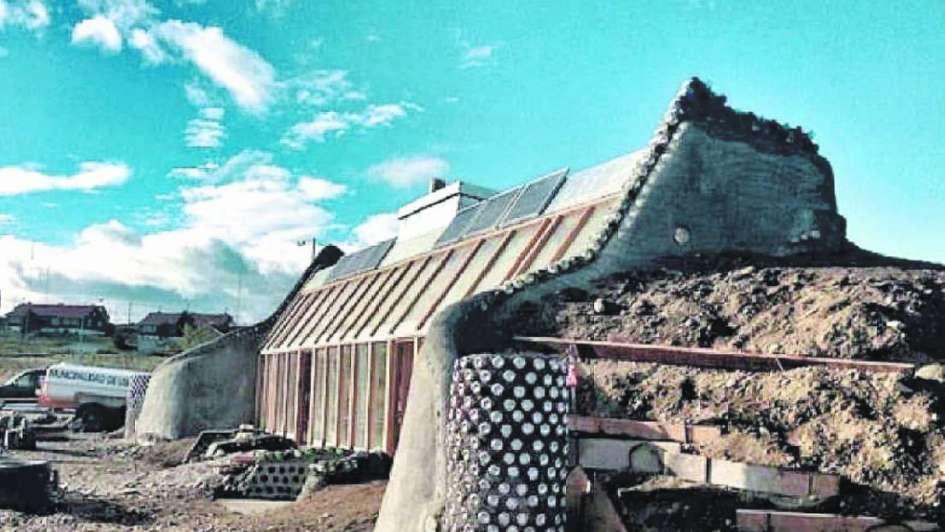 Construyen en Carmensa la primera aldea ecológica en la provincia