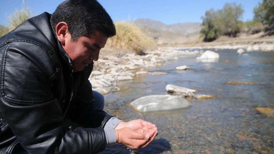 La Justicia ordenó monitoreos al agua tras el derrame de solución cianurada en San Juan