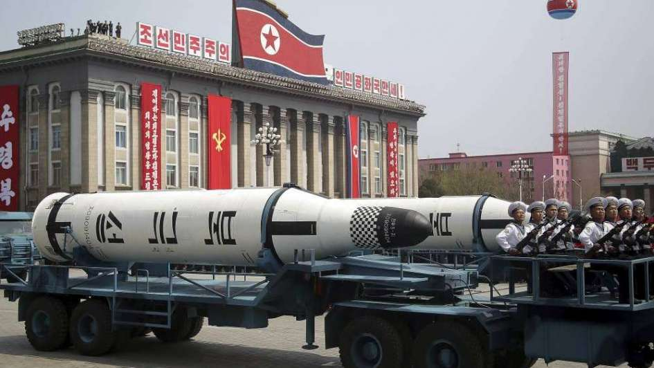 Norcorea tendría un submarino lanza misiles