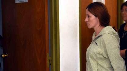 Carina sufrió la muerte de su hija por parte de su pareja, que luego se suicidó.