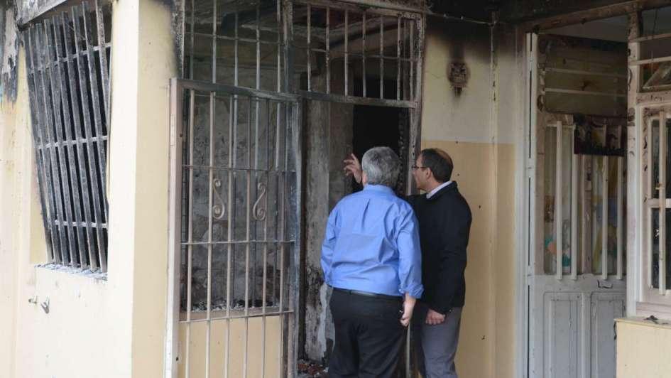 Robaron e incendiaron una escuela en Ciudad