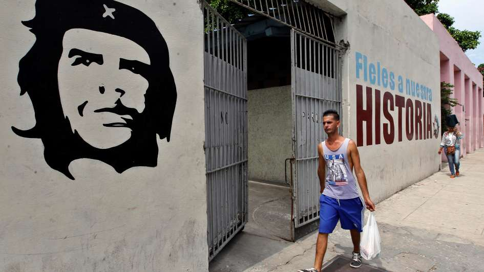 Seguidores del Che Guevara inician una peregrinación en Bolivia a 50 años de su muerte