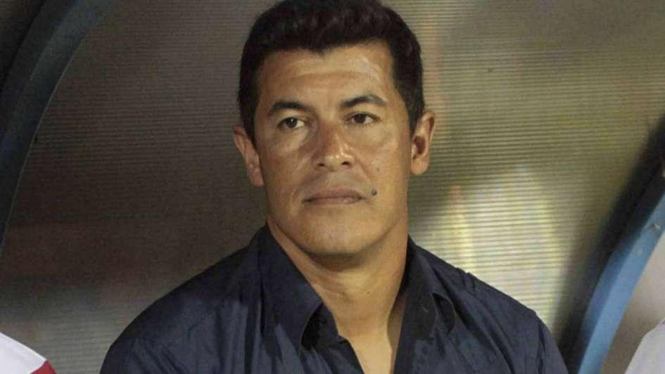 Se complica la llegada de Jorge Almirón y en Las Palmas ya tienen plan B