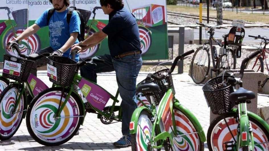 Capital y Godoy Cruz prestarán bicicletas en tres meses