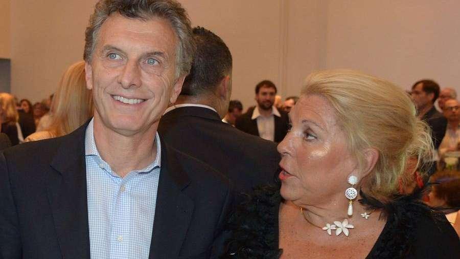 Macri y Carrió definieron la estrategia porteña