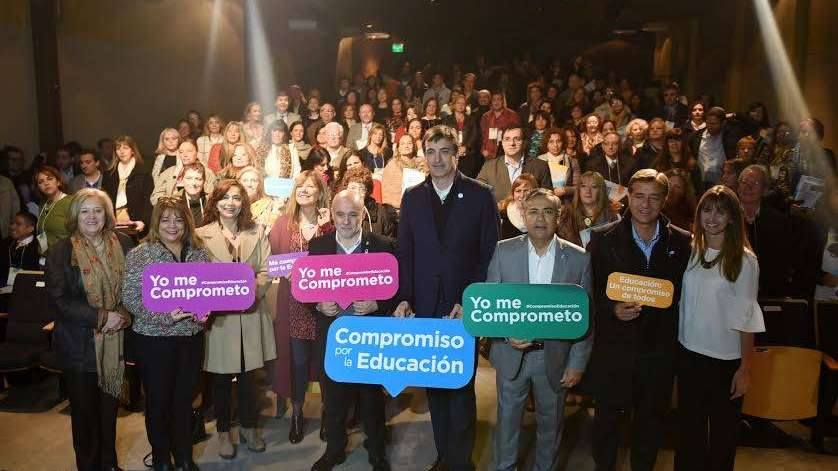 El ministro Bullrich destacó en Mendoza el ítem aula y el triunfo de Baradel