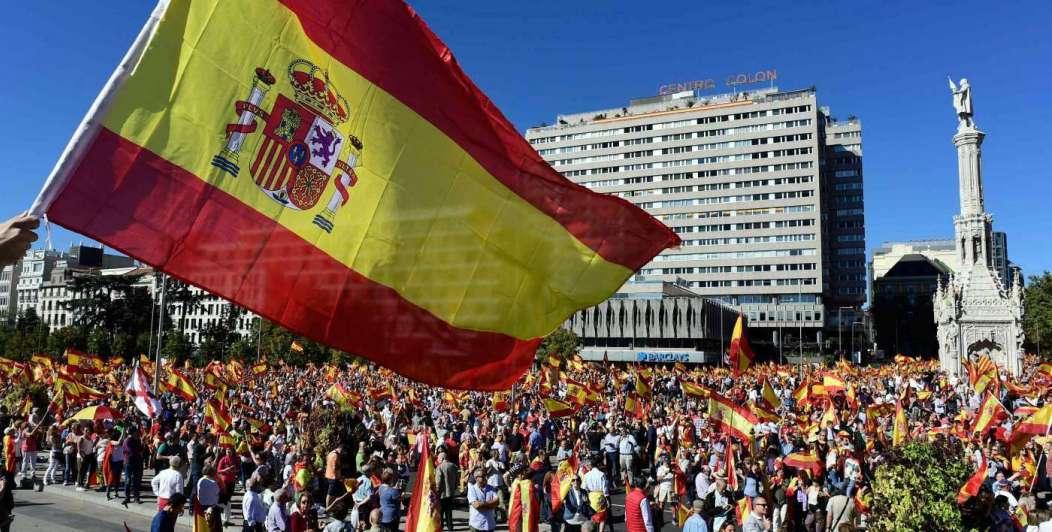 Masivas marchas por paz y unidad en España