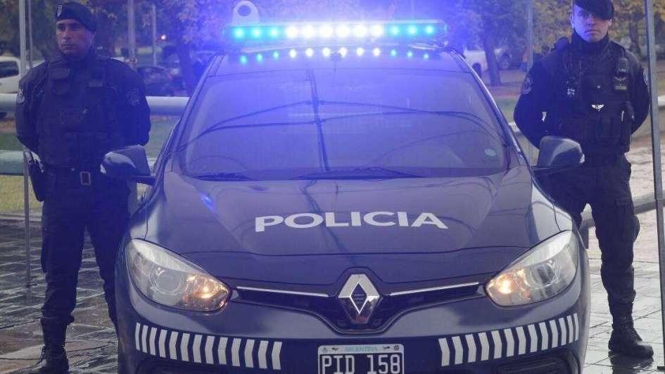 Secuestraron dinero y 240 gr de marihuana en Luján