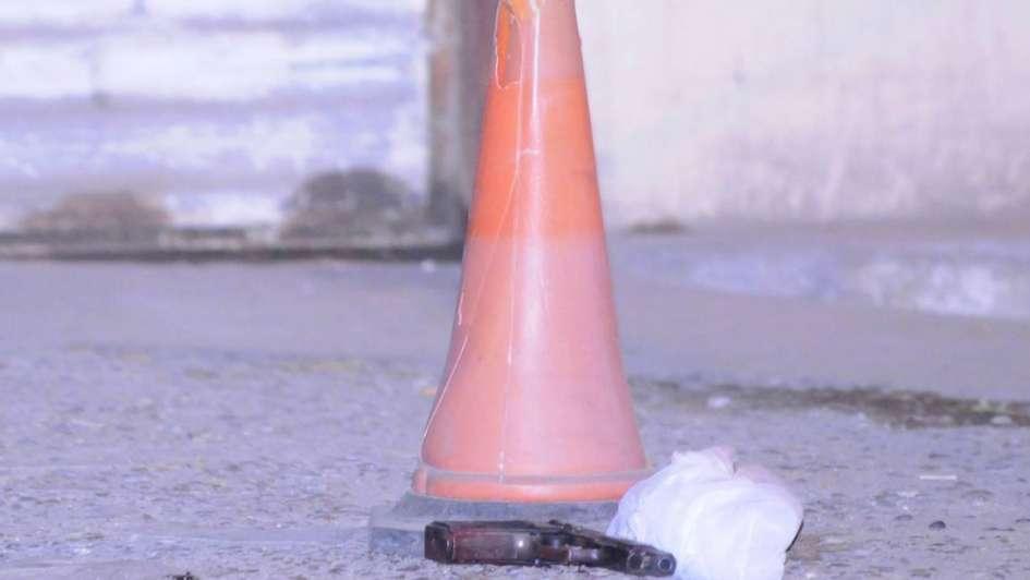 Un delincuente muerto y otro herido tras enfrentarse con la Policía en un asalto en Capital
