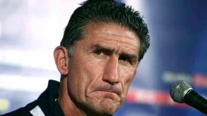 El técnico sacó campeón de la Libertadores a Liga de Quito y es experto en el tema altura.