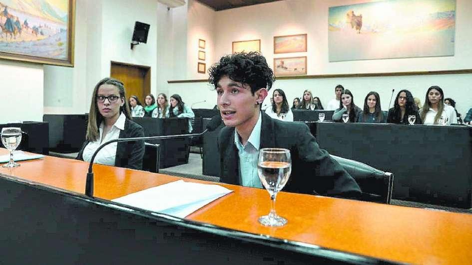 Capital: estudiantes fueron concejales por un día