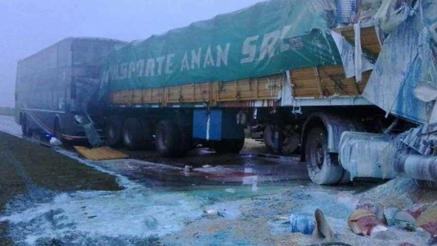 Tres muertos por choque entre dos camiones y un colectivo — Santa Fe