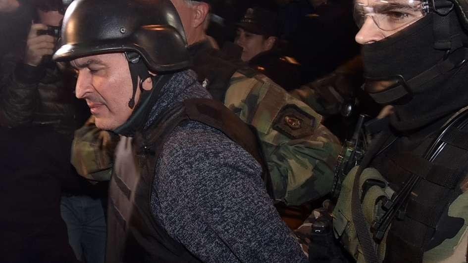 José López pactó una condena breve por llevar un fusil cuando fue arrestado