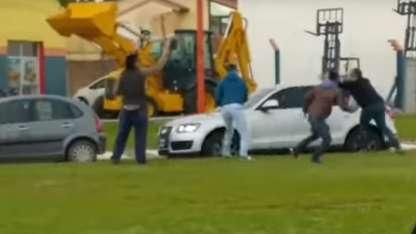 Manifestantes agredieron a Macri en La Pampa.