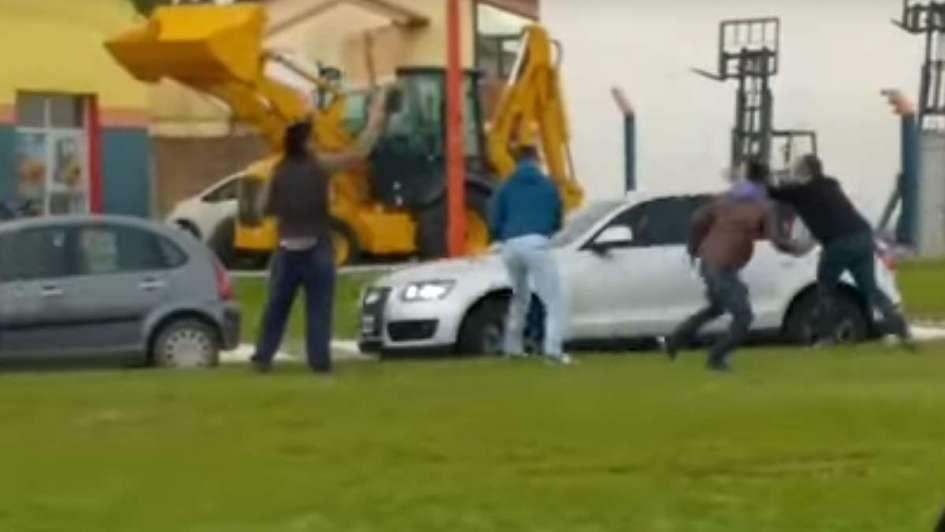 Le tiraron huevos a Macri durante un acto en La Pampa: la Justicia abrió una investigación
