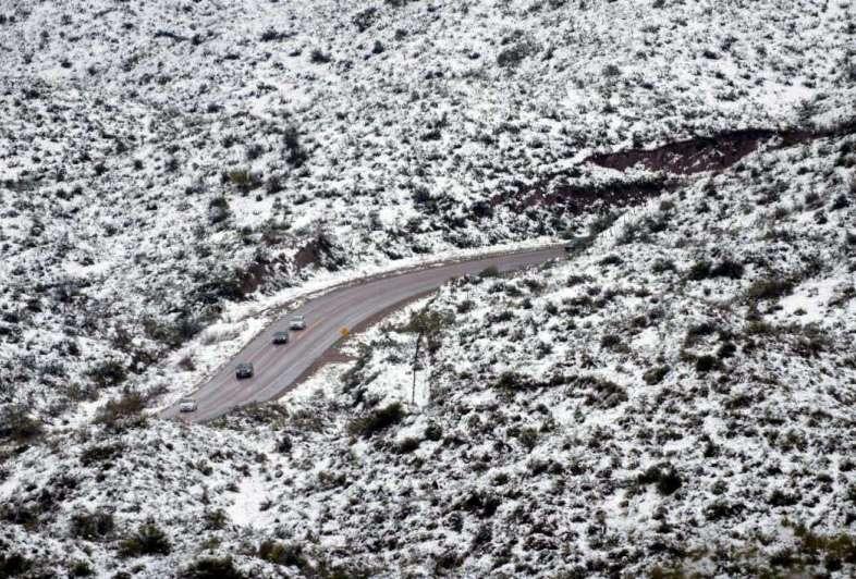 Cayeron 30 mm de nieve y agua en menos de 24 horas