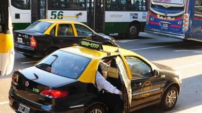 Taxistas piden un 40% de aumento de la tarifa