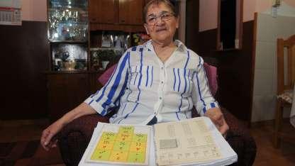 Un ejemplo. Adriana del Carmen Martínez, con sus apuntes de clases.