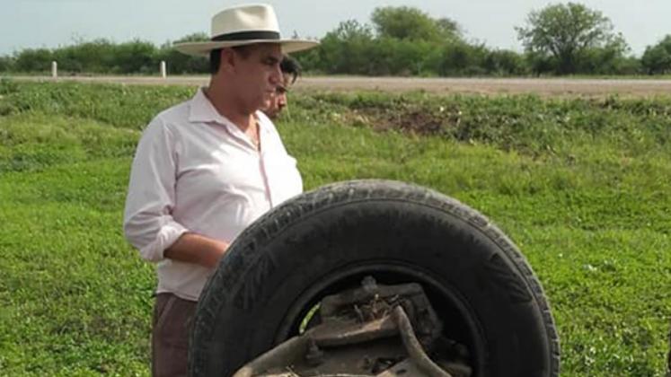 El Chaqueño Palavecino rescató a personas tras un vuelco en Pinto