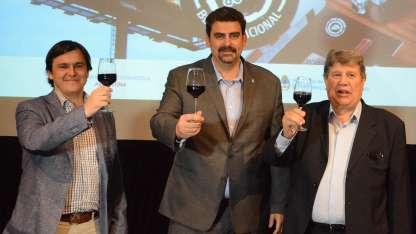 Durante el lanzamiento, Santiago Hardie, del Ministerio nacional de Agroindustria; Martín Kerchnner y Ángel Leotta.