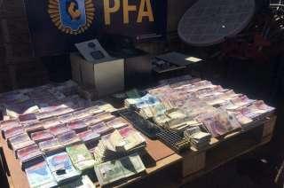 El dinero incautado tras los procedimientos.